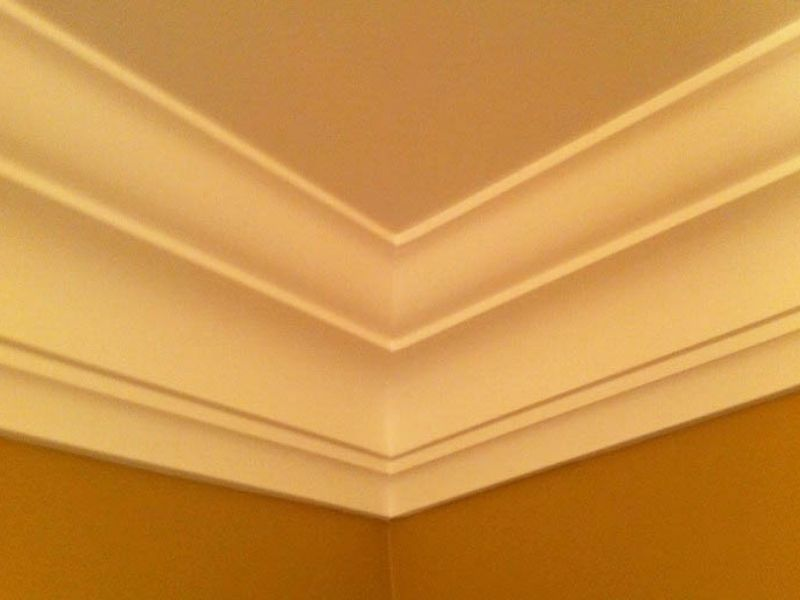 Crown moulding 1