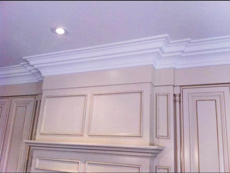 Crown moulding 20