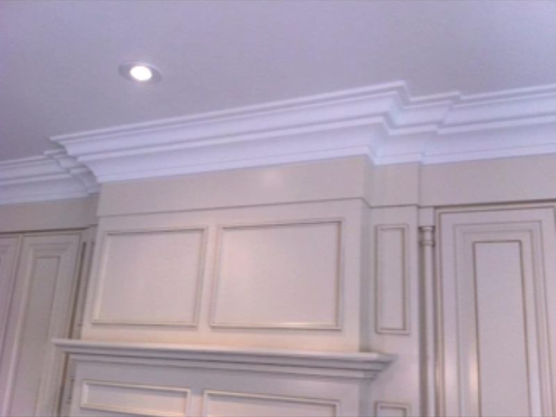 Crown moulding 47