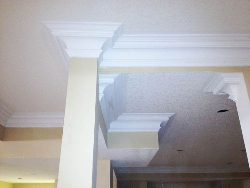 Crown moulding 8